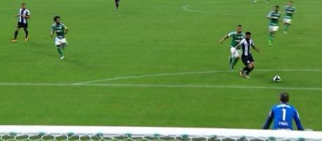 Palmeiras e Santos empatam no clássico da rodada