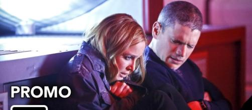 "Sara Lance and Captain Cold, ""Legends of Tomorrow"""
