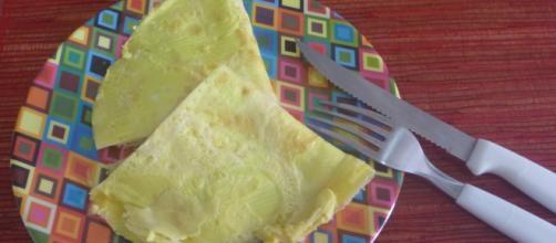 Crepioca, uma mistura de ovos e goma de tapioca.