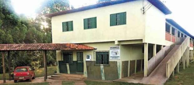 Centro Comunitário Infantil onde o padre morava.