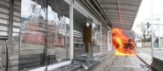 Estação de Vila Paciência ainda está destruída