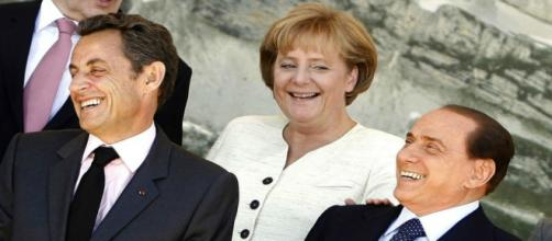 Fotografia con Sarkozy, Merkel e Berlusconi