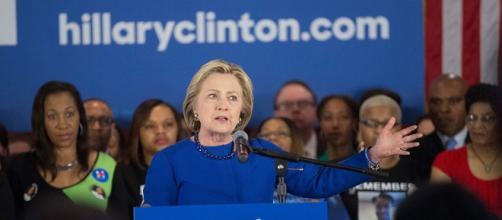 Hillary Clinton trionfa nella Carolina del Sud