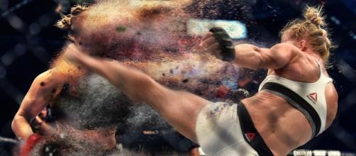 Holly Holm shatters the myth of Ronda Rousey.