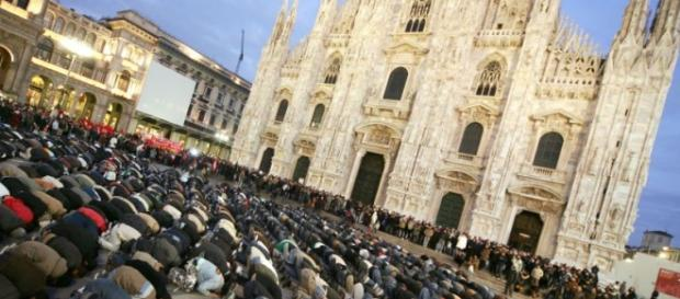 Bocciata la legge Maroni contro le moschee