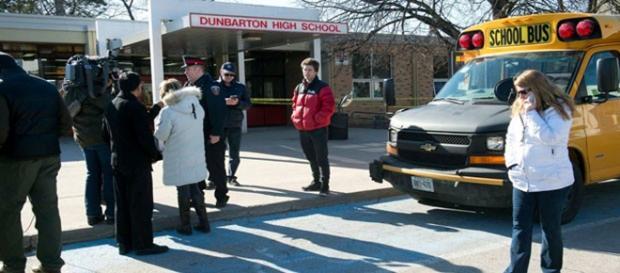 Entrada de la escuela Dunbarton
