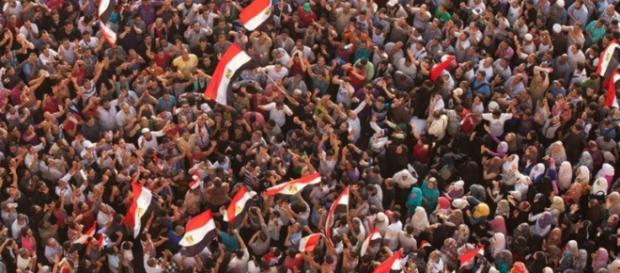 Ondas de protestos contra o governo de El-Sisi