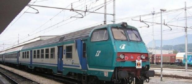 Uomo muore travolto da un treno a Fuscaldo