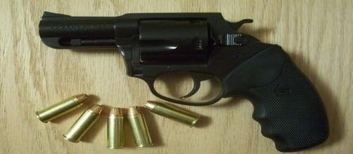 En principio la UT prohibía la portación de armas