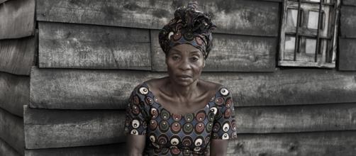 Hamuri Vumilia E. Matan a su marido y es torturada