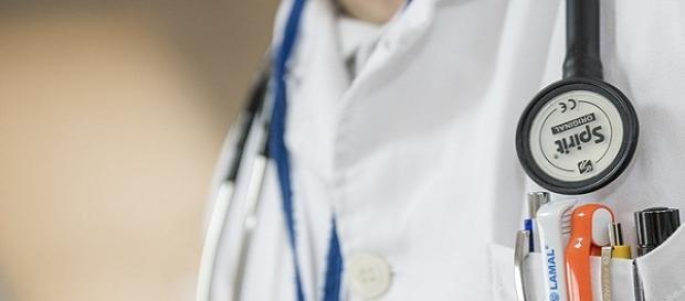 Fotografía de galería Pixabay Médicos