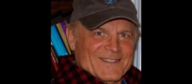 L'attore Terence Hill protagonista in Don Matteo