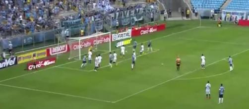 Pedro Geromel fez o segundo gol do Grêmio