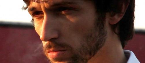 Riccardo Leonelli interpreta Ettore Marcucci.