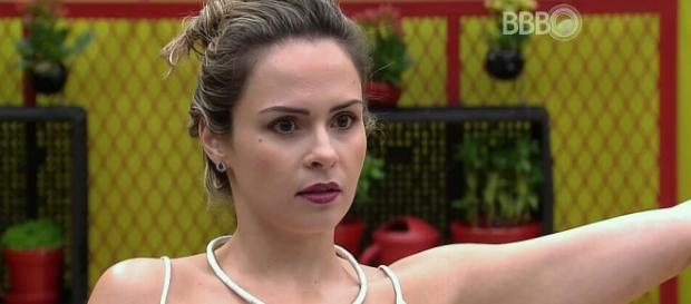 Ana Paula reclamou após Big Fone (Reprodução)
