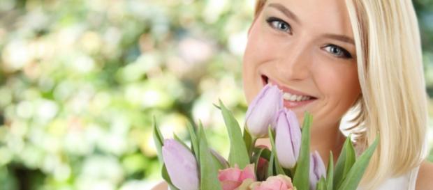 Kobieta i kwiaty zawsze idą w parze.