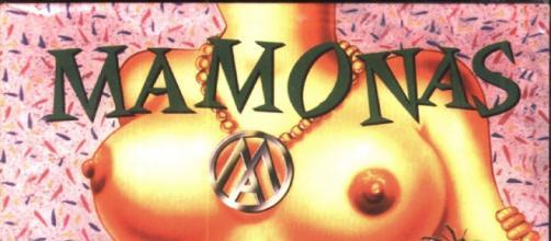 Seios da capa do cd foram inspirados por Mari