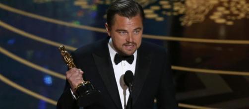 Tras su quinta nominación, DiCaprio gana un Oscar