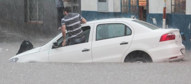 Chuva causou transtornos na capital fluminense