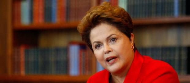 Dilma enfrenta momento conturbado dentro do PT
