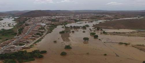 Chuvas e inundações atingem o Nordeste.