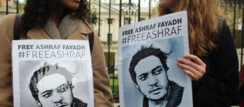 Medio mundo exige la liberación de Ashraf Fayadh