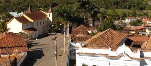 Onça de Pitangui, cidade com 3 mil habitantes