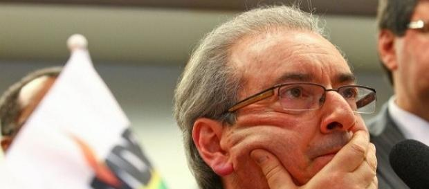 Cunha diz que não deixa a presidência