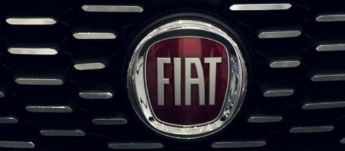 Fiat presenta 3 automobili a Delhi