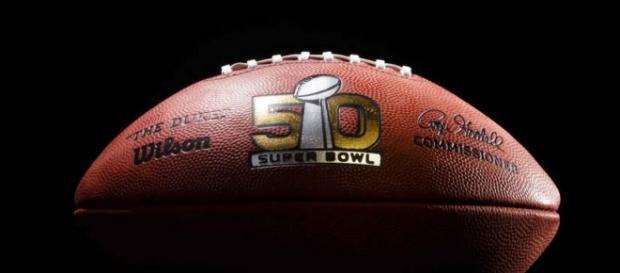 El balón que se utilizará en el Super Bowl 50