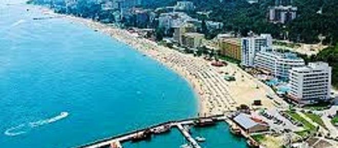 W tym roku do Bułgarii! Zmiana ulubionych destynacji wakacyjnych Polaków
