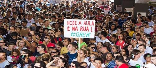 Fonte: Flickr Romerito Pontes. Greve em SP.