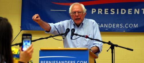 Sanders in una tappa della campagna elettorale