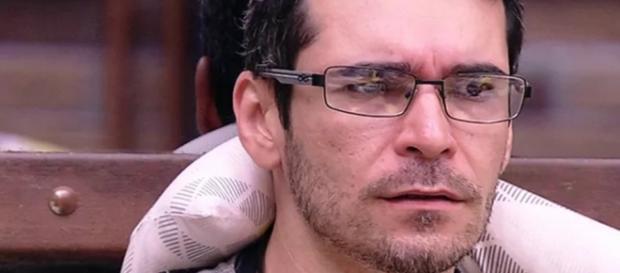 Alan desiste - Foto/Reprodução: Globo