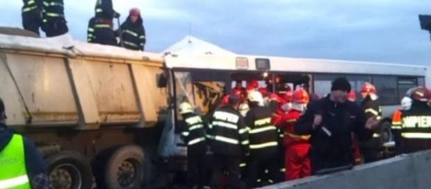 Imagine de la locul accidentului din Ploiesti