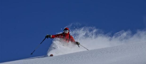 Sciare: attività amata dagli italiani.