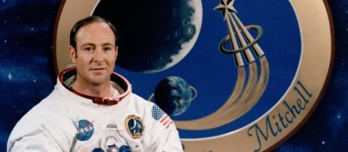 El astronauta Edgar Mitchell (Apolo XIV)