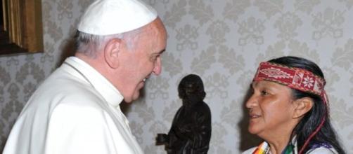 Regalo del Papa a Milagro Sala