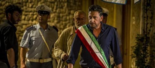 Sergio Castellitto ne Il sindaco pescatore