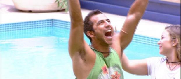 "Matheus vence o 'Anjo"" no BBB16"