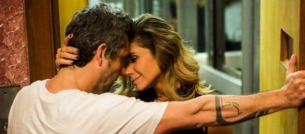 Romero reconhece o amor de Atena