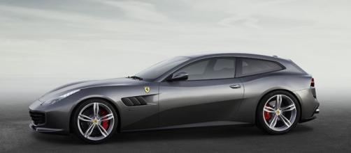 Ferrari GTC4Lusso - Profilo laterale