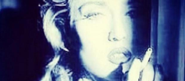 Paola Barale scambiata per Madonna, ecco la foto
