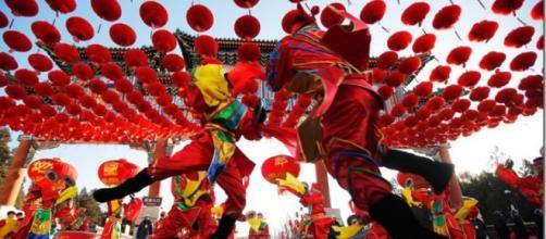 Celebración tradicional por el año nuevo chino