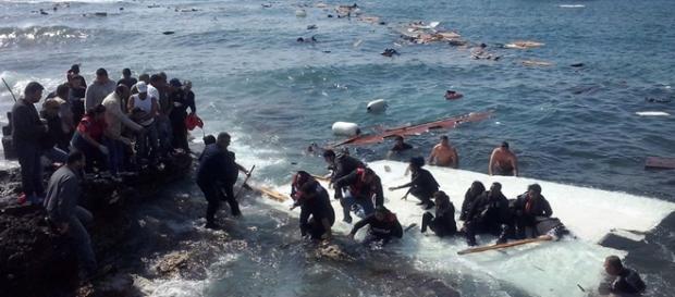 Los refugiados viajaban en una barca sobrecargada