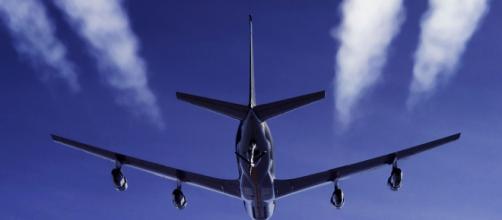 Emissões na aviação civil provoca muita poluição