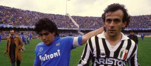 Maradona e Platini nelle grandi sfide anni '80
