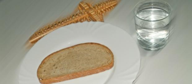 Post ścisły, czyli o chlebie i wodzie? Popielec