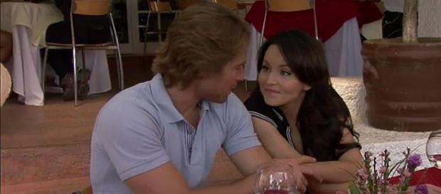 Teresa e baleada e salva a vida de Arthur