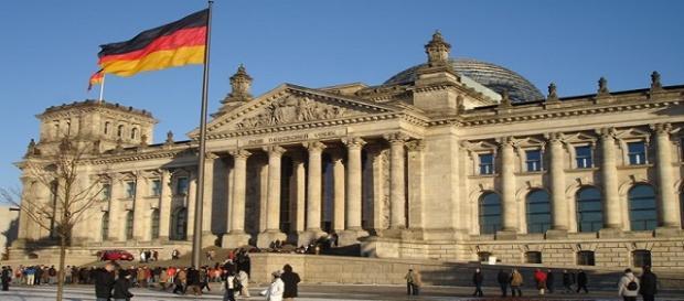 Berlín oferta empleos a sus refugiados